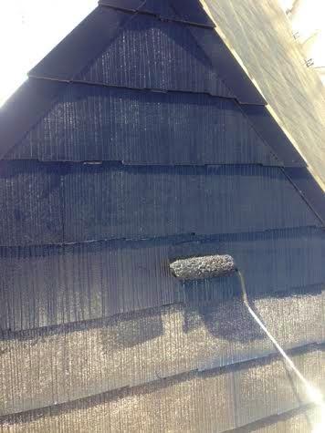 ③屋根中塗り塗布