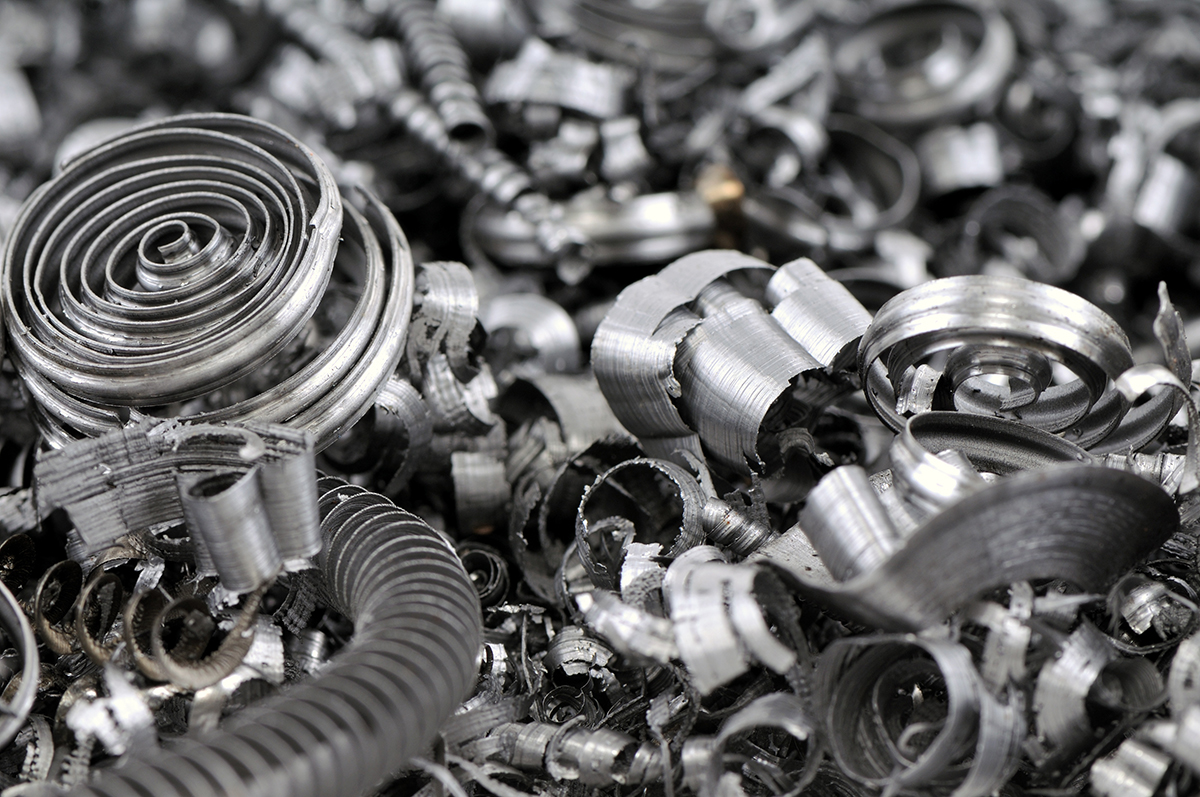 鉄くずなど金属・農機具・機械工具の格安回収/出張買取