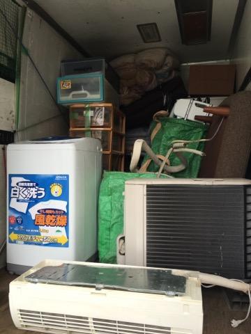 【不用品回収事例】ソファー・テレビ台・洗濯機・3ドア冷蔵庫・布団セットなど