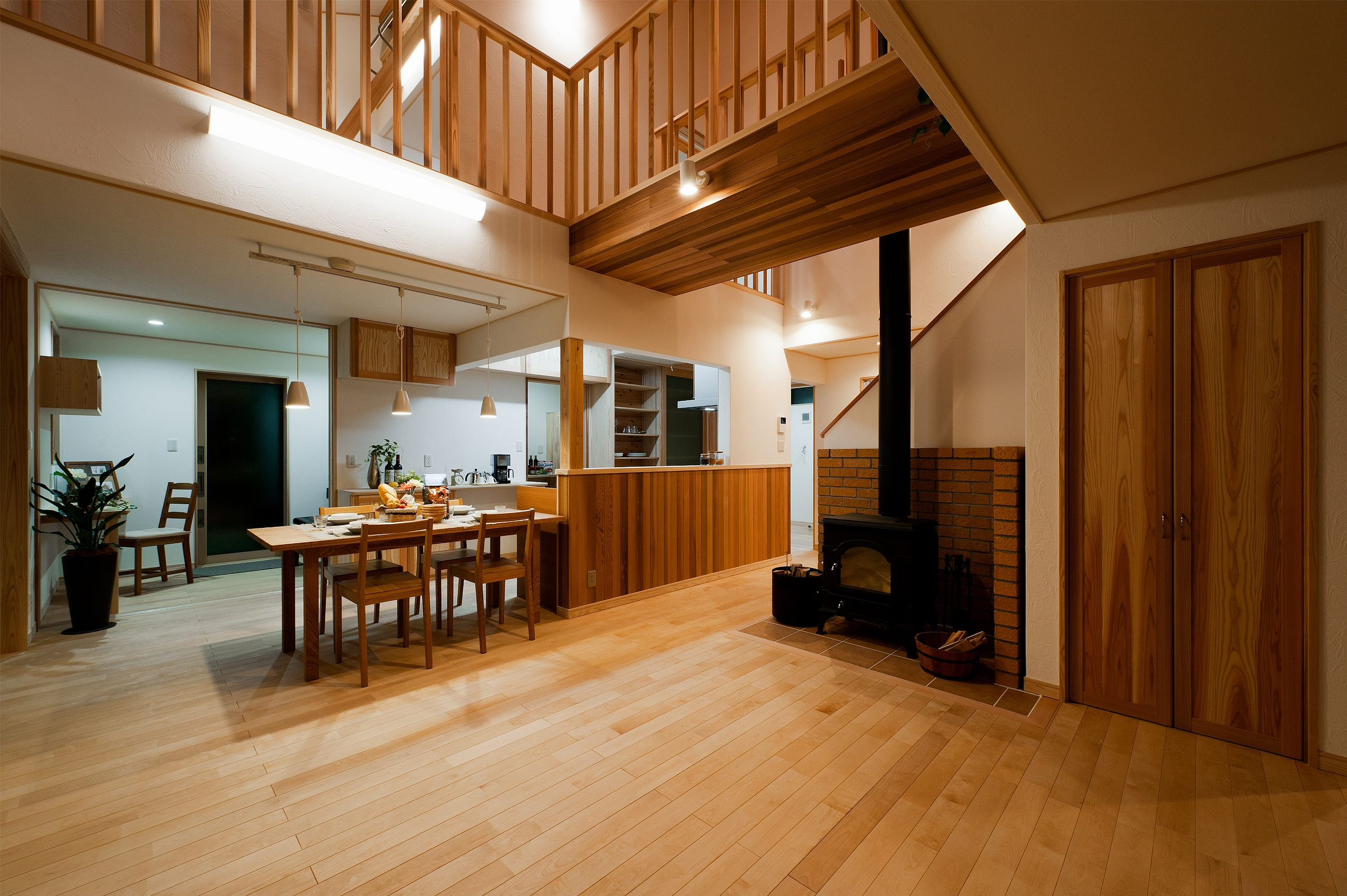 豊かな眺望と暮らす家 リビング