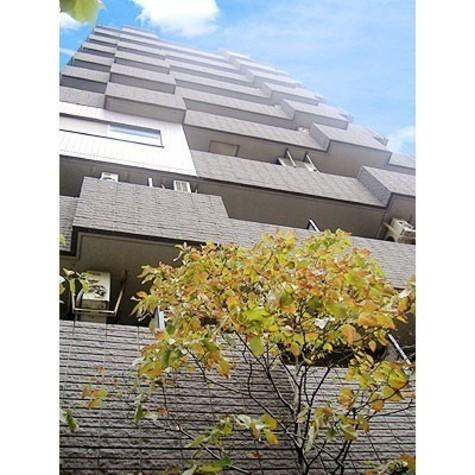 フォレスタ御苑前 建物画像1