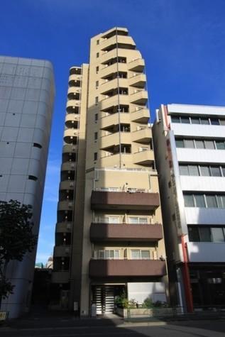 プレール・ドゥーク新宿御苑 建物画像1