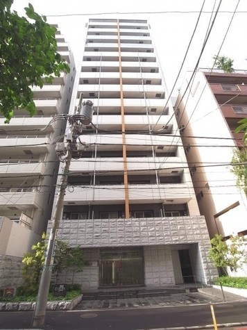 ガーラプレイス新宿御苑 建物画像1