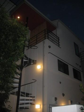 外観①(夜撮影)