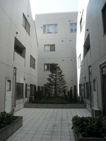 アパートメンツ目黒行人坂 建物画像1