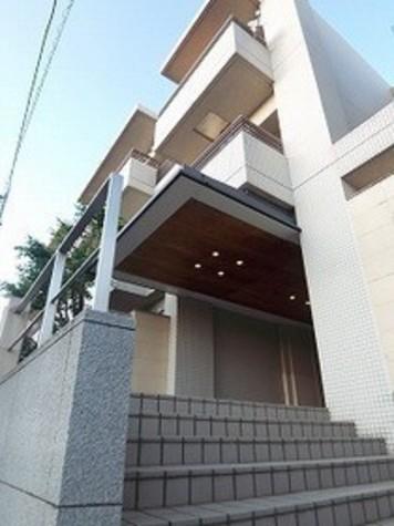 ガーデン目黒平町 Building Image1