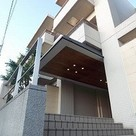 ガーデン目黒平町 建物画像1