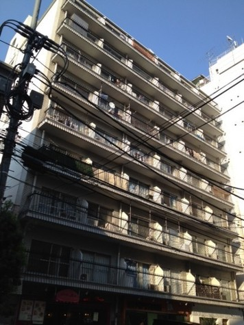 田町 8分マンション 建物画像1