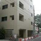 Kiba 8 min Apartment Building Image1