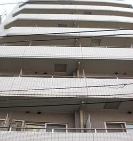 プレール・ドゥーク代々木八幡 建物画像1