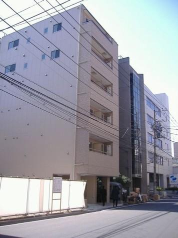 セレブリティ 建物画像1