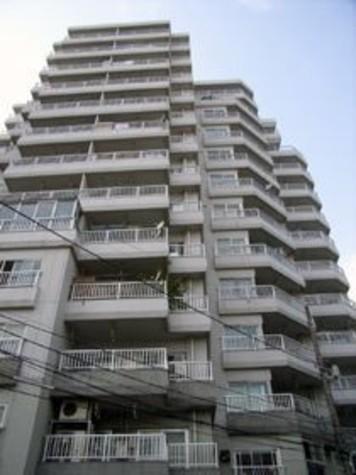 ライオンズマンション南平台 建物画像1