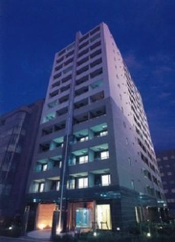 パレステュディオ新宿御苑駅前 建物画像1
