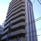 プレサンス新宿御苑前アルティメット 建物画像1