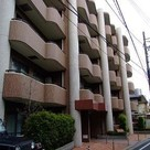 Meguro 14 min Apartment Building Image1