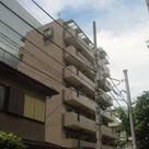 日神パレステージ新宿御苑 建物画像1