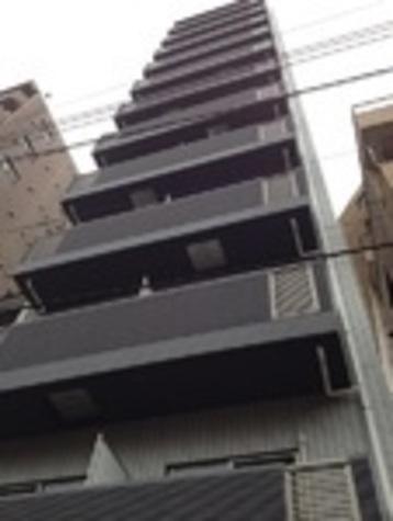 ジェノヴィア西新宿グリーンウォール 建物画像1