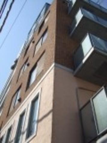 LOOPS PLAZA 自由が丘(ループス・プラザ自由が丘) 建物画像1