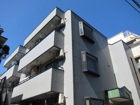 メゾン・イースト 建物画像1
