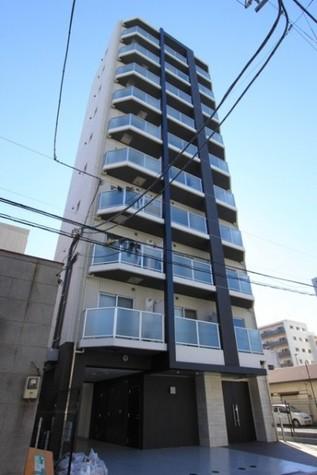 ルクシェール横濱吉野町 建物画像1
