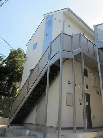 リーヴェルポート横浜白幡イーストⅡ 建物画像1