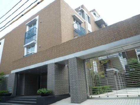 パークコート表参道 Building Image1