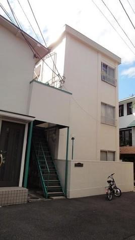 アゼリアハウス 建物画像1