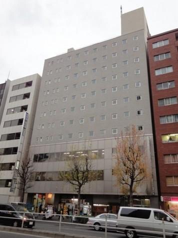 貝塚ビル 建物画像1