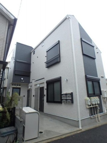 MiraiⅢ祐天寺(ミライスリーユウテンジ) 建物画像1