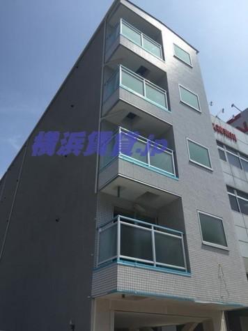 b'CASA Yokohama Higashi 建物画像1