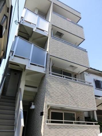 カーサコンフォルト 建物画像1
