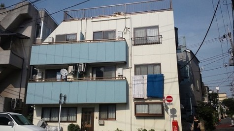 窪田マンション 建物画像1