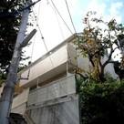 メゾン・ルミエール 建物画像1