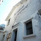 THE STANDARD APARTMENT(ザスタンダードアパートメント) 建物画像1