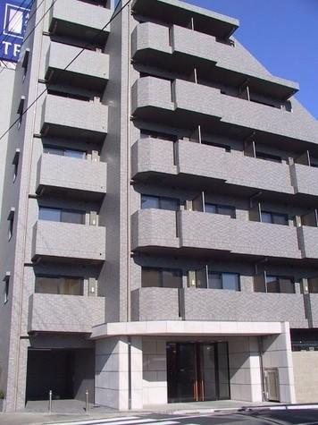 ルーブル学芸大学七番館 建物画像1