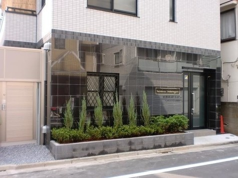 Residence Nakameguro(レジダンス ナカメグロ) Building Image1