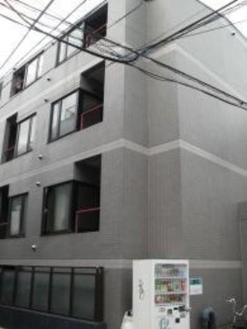 ヒルサイド初台 建物画像1