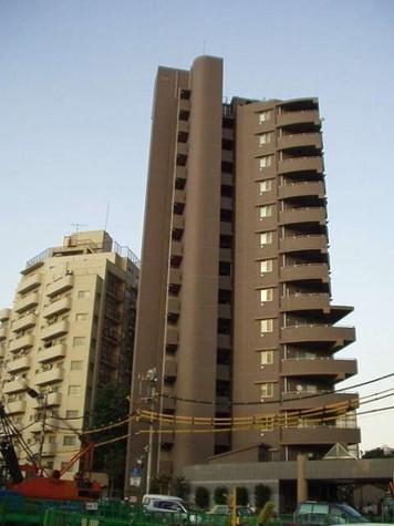 ディオレ西新宿 建物画像1