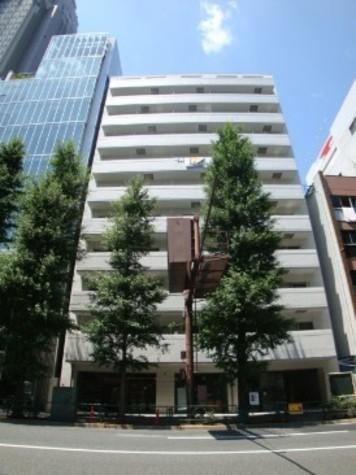 代々木シティホームズ 建物画像1