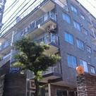 四谷三丁目 6分マンション 建物画像1