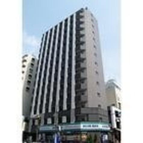 カスタリア新宿 建物画像1