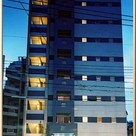 エスティメゾン北新宿 建物画像1