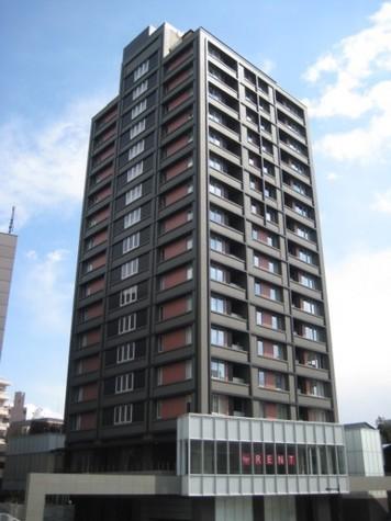 富ヶ谷スプリングス 建物画像1