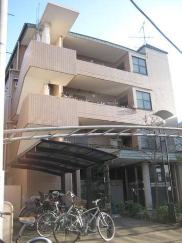 カーサ神山 建物画像1