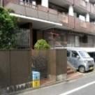 栄マンション 建物画像1