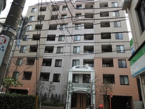 クリオ三田ラ・モード 建物画像1