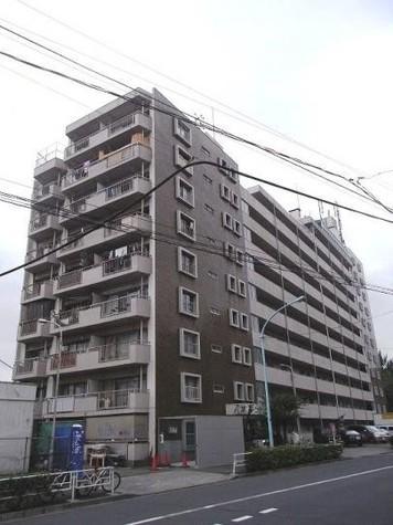 駒場マンション 建物画像1