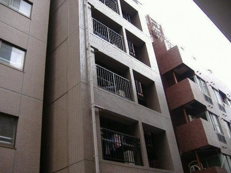 グランパレ 建物画像1