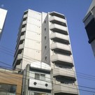 Yushima 5 min Apartment Building Image1