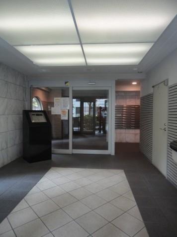 ラグジュアリーアパートメント両国 建物画像10
